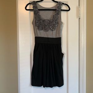 Black and grey dress with pockets
